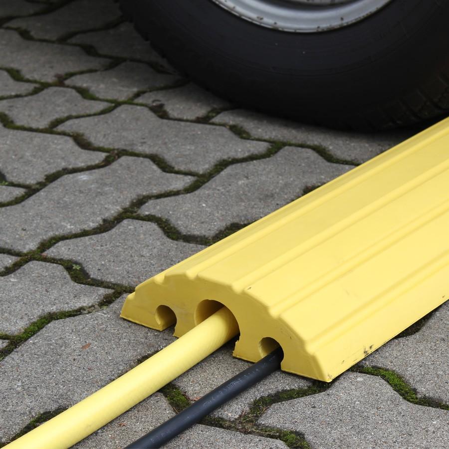 kabelbr252cke gelb aus gummi nach unten offen