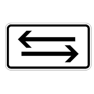 Verkehrszeichen (1000-30) -Zusatzszeichen nach StVO Beide Richtungen, zwei gegengerichtete waagerechte Pfeile