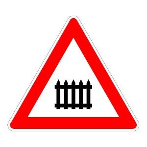 Verkehrszeichen (150) - StVO Bahnübergang mit Schranken oder Halbschranken